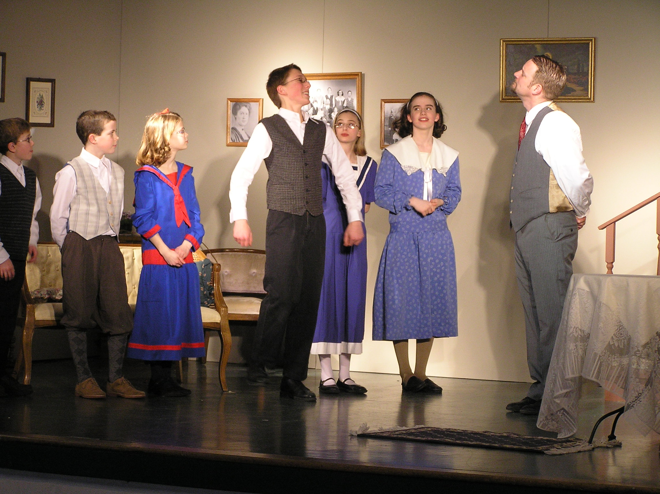 Gilbreth And Careys Cheaper By The Dozen By Sergel Fulllength Play Holy Family Home Educators St Louis Park Mn